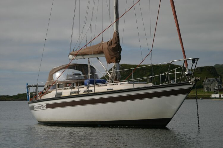 Bruce Roberts 34 Sailing Yachtfor sale Starboard -