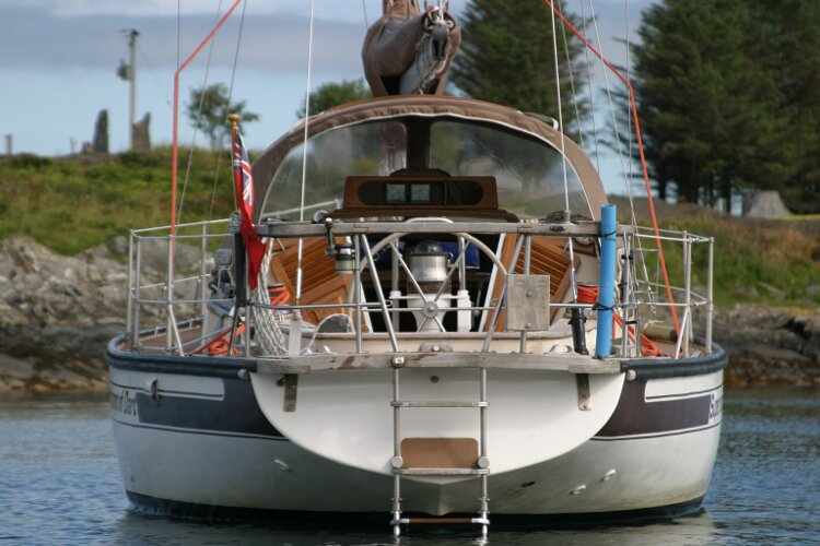 Bruce Roberts 34 Sailing Yachtfor sale Stern View -