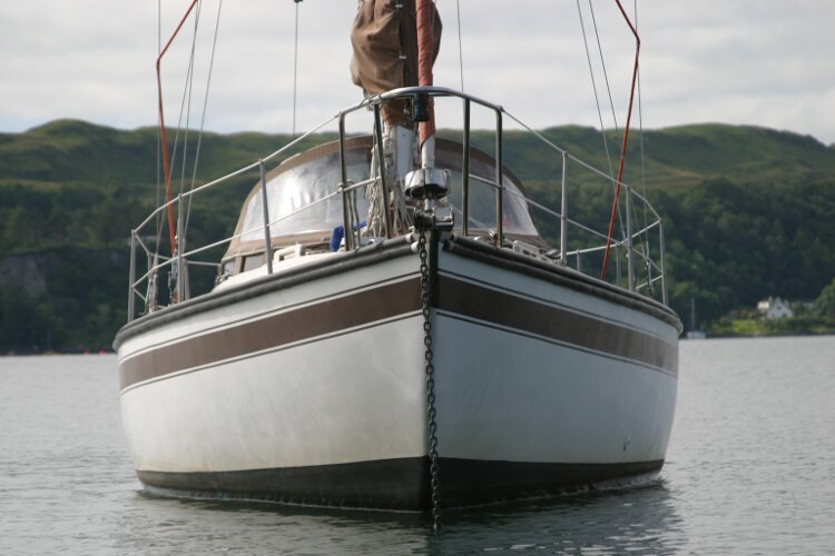 Bruce Roberts 34 Sailing Yachtfor sale Bows -