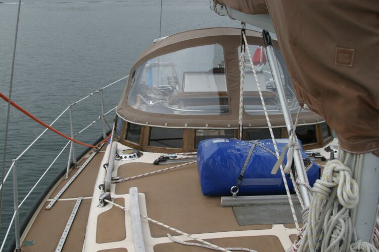 Bruce Roberts 34 Sailing Yachtfor sale View aft, starboard side -