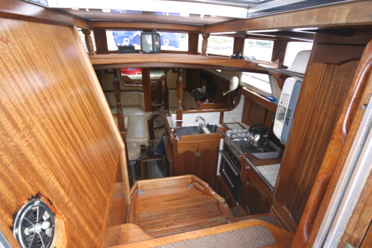 Bruce Roberts 34 Sailing Yachtfor sale Looking into the Companionway -