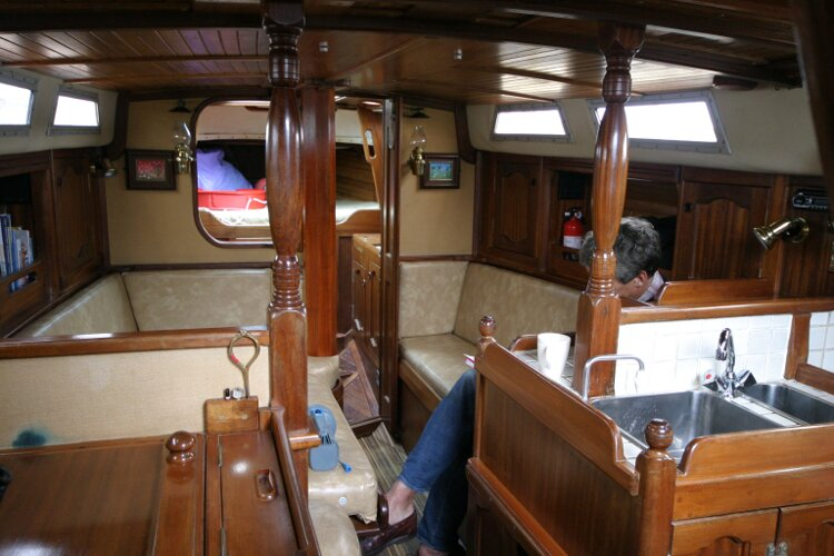 Bruce Roberts 34 Sailing Yachtfor sale Saloon Looking Forward. - Beautiful woodwork.
