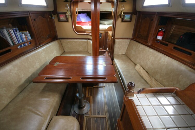 Bruce Roberts 34 Sailing Yachtfor sale Comfortable Sofas with Table extended. -