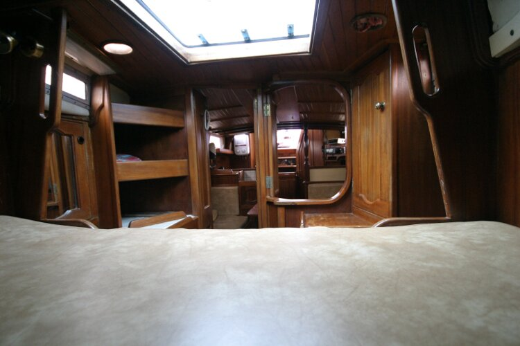 Bruce Roberts 34 Sailing Yachtfor sale Looking Aft from Foreward V Berth. -