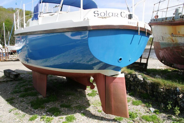Colvic 26for sale Seen from the port quarter - Note the condition of the hull