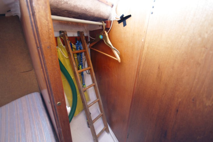 Colvic 26for sale The wet locker - Located opposite the heads on the starboard side