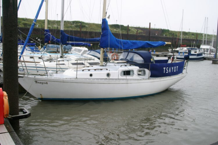 Morgan Giles for sale Seen from her port bow - She is in excellent condition