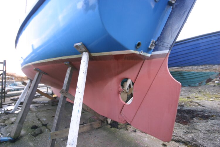 Colvic Springtide 25for sale Long Keel - Port side