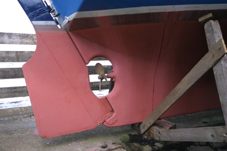 Colvic Springtide 25for sale Rudder and propeller - Starboard side