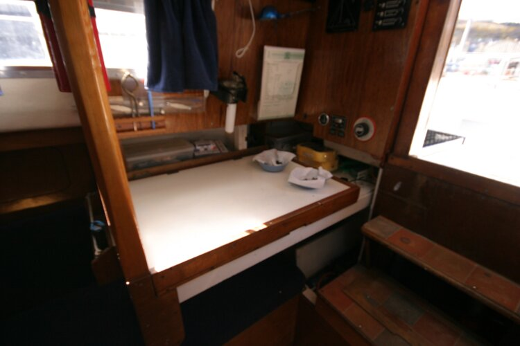 Colvic Springtide 25for sale Nav station on starboard side -