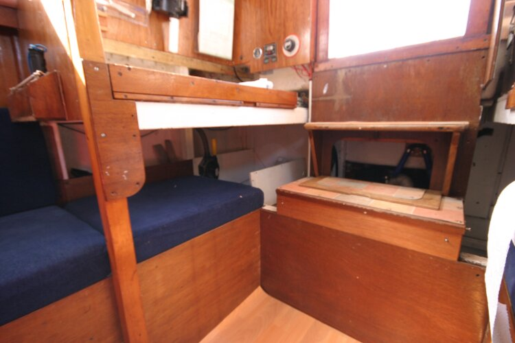 Colvic Springtide 25for sale Nav station and companionway steps -