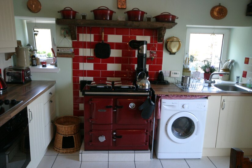 Western Isles Property -  House on the Isle of Lewisfor sale Rayburn Range, Electric Cooker and Hob - Space for washing machine.