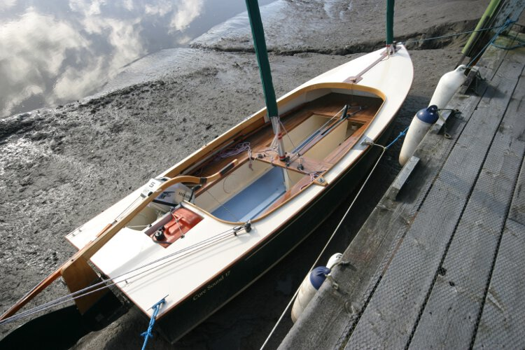 Wooden Classic Core Sound 17for sale Seen from astern - Note the tiller and the bumpkin