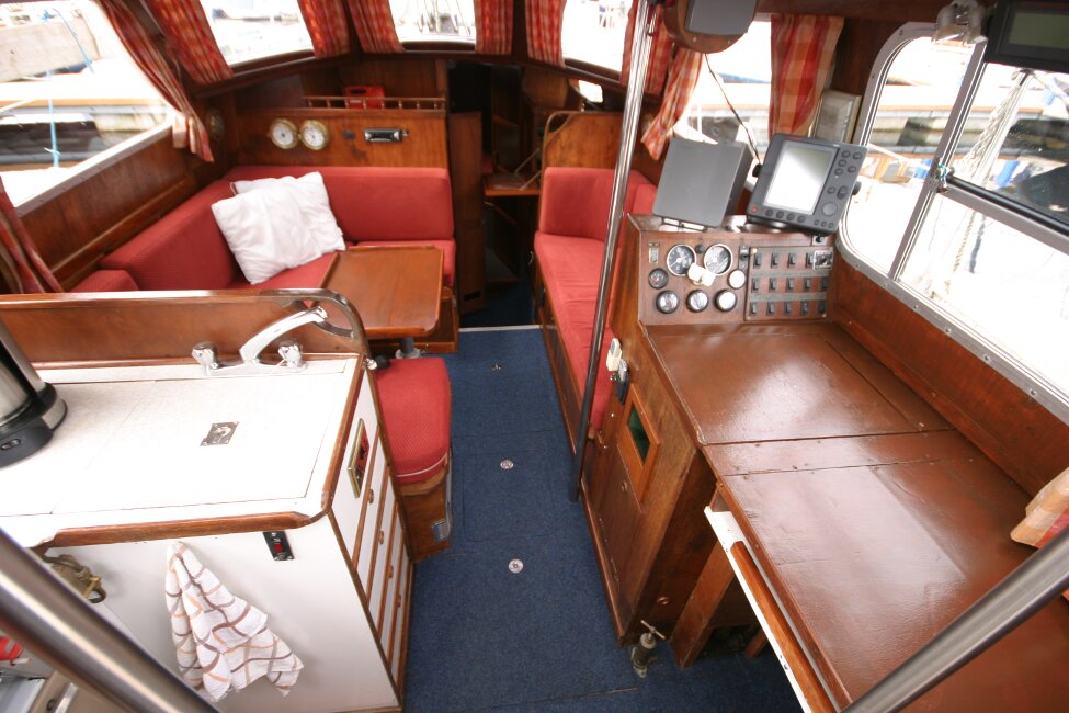 Trident Voyager 35for sale Saloon from companionway -