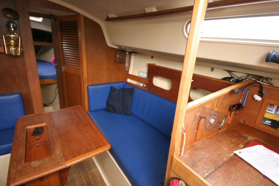 Sadler 29for sale Saloon Dining Table - Starboard.