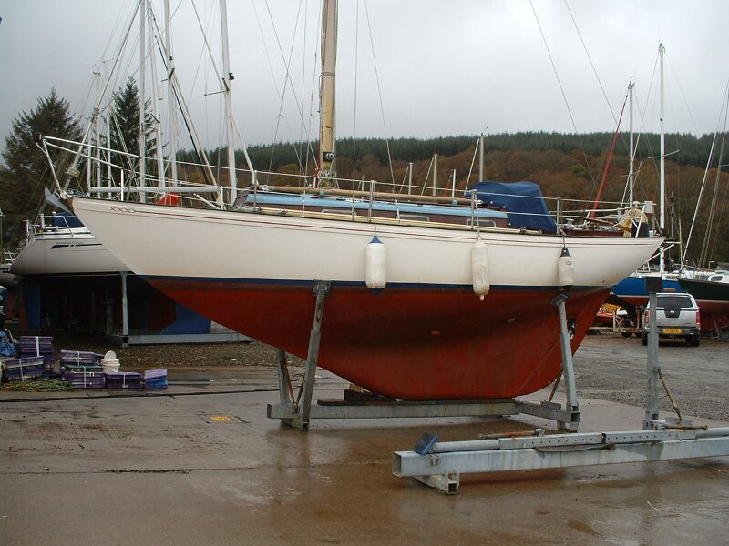 Twister 28for sale On the Hard - Owner's photo showing hull profile