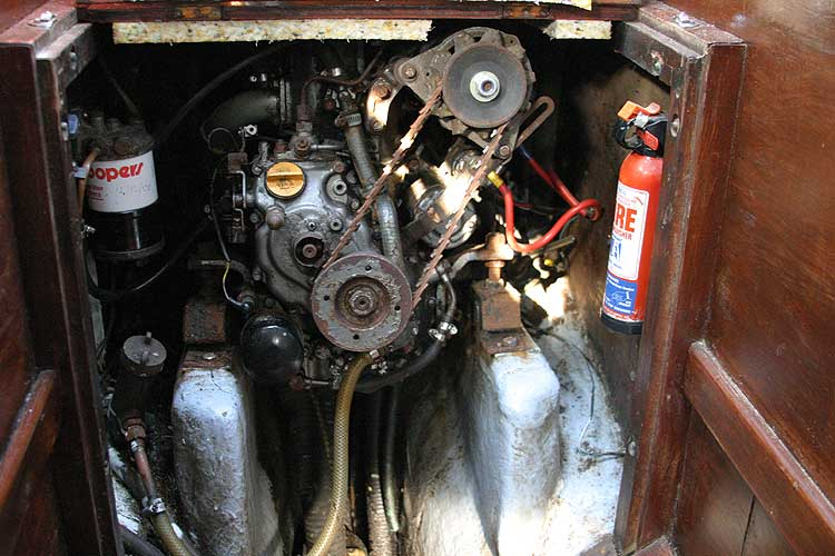 Twister 28for sale Engine -