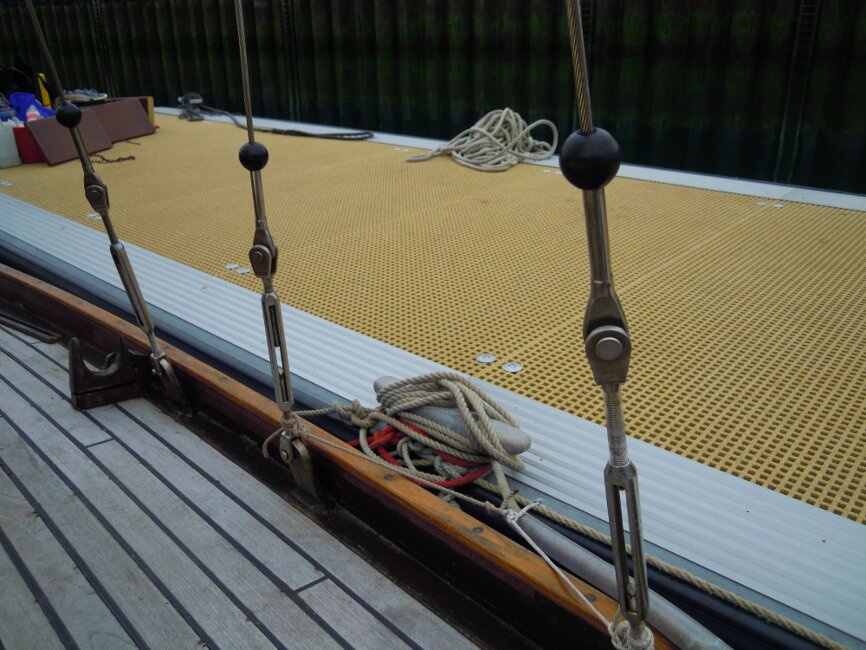 Wooden Classic 29 foot Bermudan Sloopfor sale Shrouds and turnbuckles, port side - Owner's photo