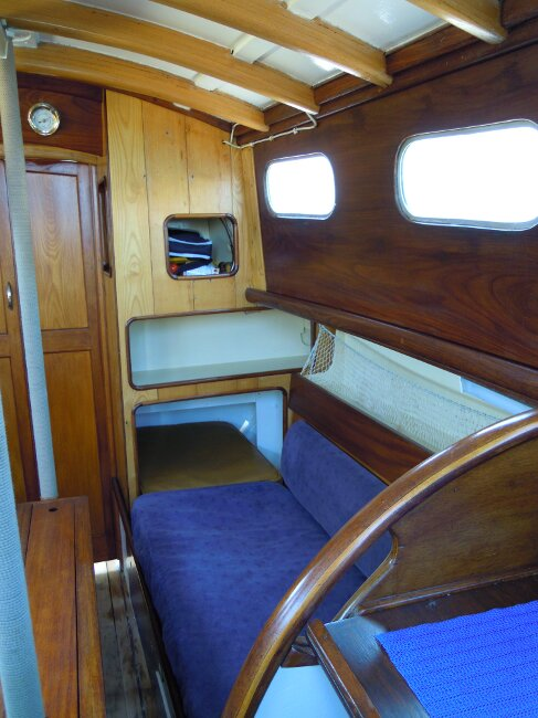 Wooden Classic 29 foot Bermudan Sloopfor sale Starboard side berth - Owner's photo