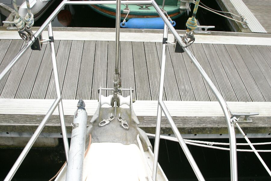 Jeanneau SunShine Regatta 38for sale Bow fittings -
