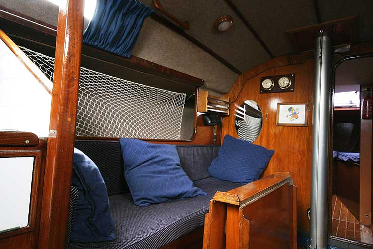 Bolero 35for sale The port side settee - Also can be used as aberth