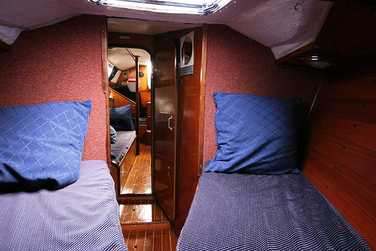 Bolero 35for sale The view from the fore cabin - Looking aft