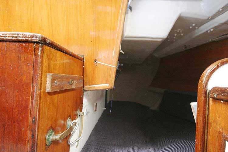 Bolero 35for sale The port quarter berth -