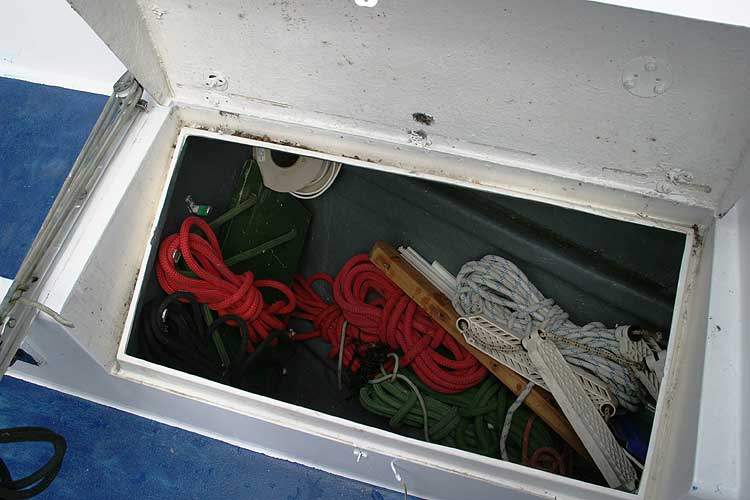 Bolero 35for sale A cockpit locker -