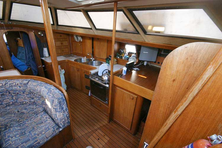 Jeanneau Trinidad 48 Ketchfor sale View to starboard through the companionway -