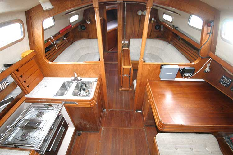 Vancouver 32for sale Interior view forward -
