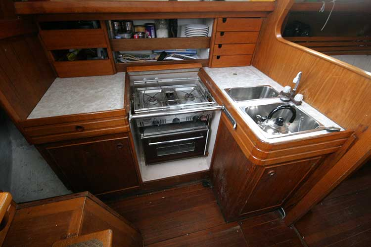 Vancouver 32for sale Galley -