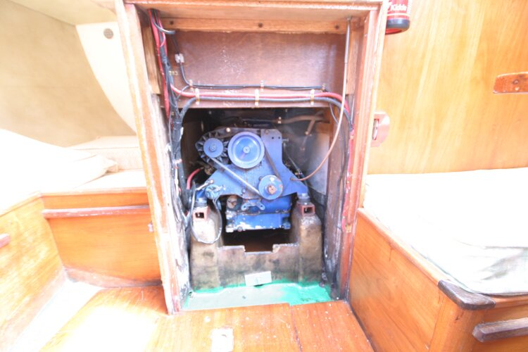 Colvic UFO 27for sale Engine Compartment - Under the Companionway Steps